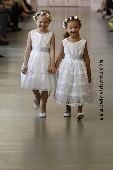 Весільні сукні для дівчаток Oscar De La Renta