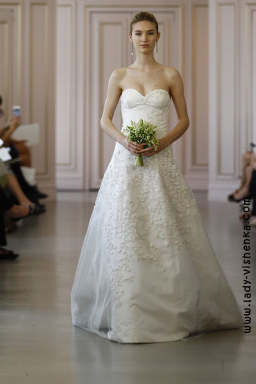 Весільні сукні - мода Oscar De La Renta