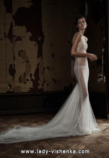 Весільну сукню Вонг