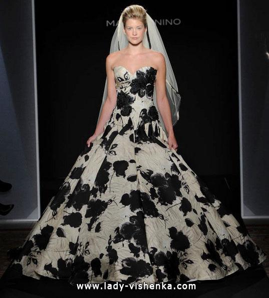 Весільну сукню з чорними квітами - Mark Zunino