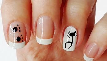 Дизайн нігтів: кішка на нігтях