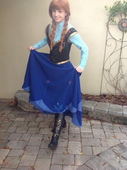 Анна - простий костюм на Хеллоуїн