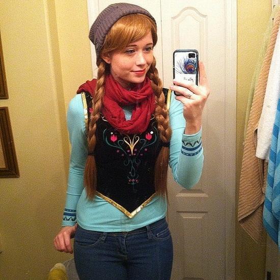 Простий костюм Анни на Хеллоуїн