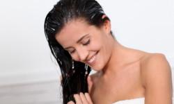 Як мити волосся