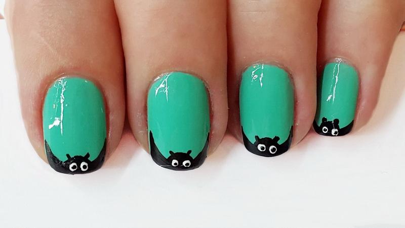 Дизайн нігтів - Летюча миша