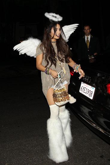 Красивий костюм Ангела на Хеллоуїн