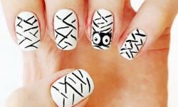 Малюнки на нігтях на Хеллоуїн - Мумія