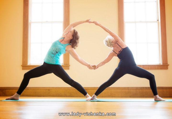Йога для двох - Подвійний півмісяць