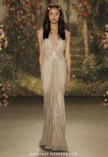 Весільну сукню в грецькому стилі