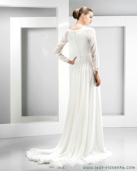 Закриті весільні сукні Jesus Peiro