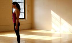 Поза Гори в йоги