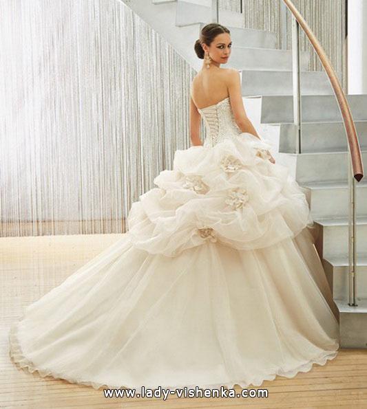 Весільну сукню в стилі принцеса - MGNY