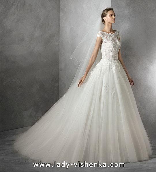 Весільну сукню силует принцеса - Pronovias