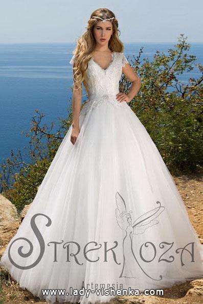 Весільну сукню принцеси з мереживним верхом - Strekoza