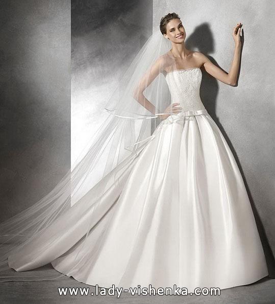 Весільну сукню принцеси 2016 - Pronovias