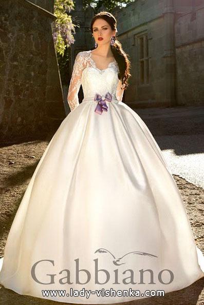 Весільну сукню принцеси з рукавами - Gabbiano