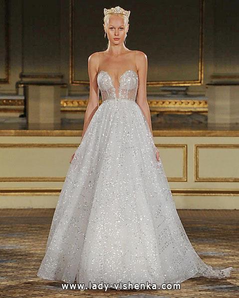 Весільну сукню принцеси 2016 - Berta