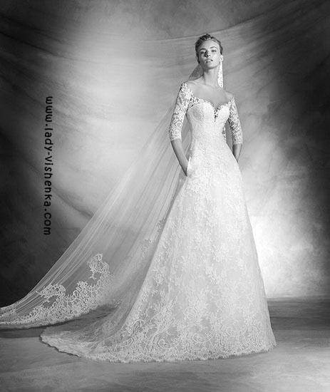 Весільні сукні з рукавами фото Pronovias