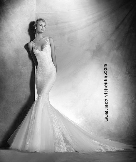 Весільну сукню рибка Pronovias