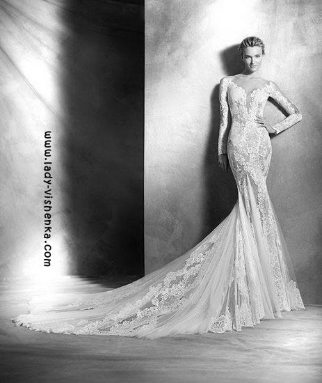 Мереживне весільне плаття з рукавами Pronovias