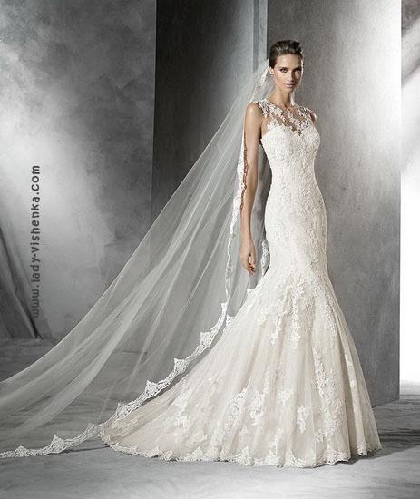 Весільні сукні з мереживом фото Pronovias