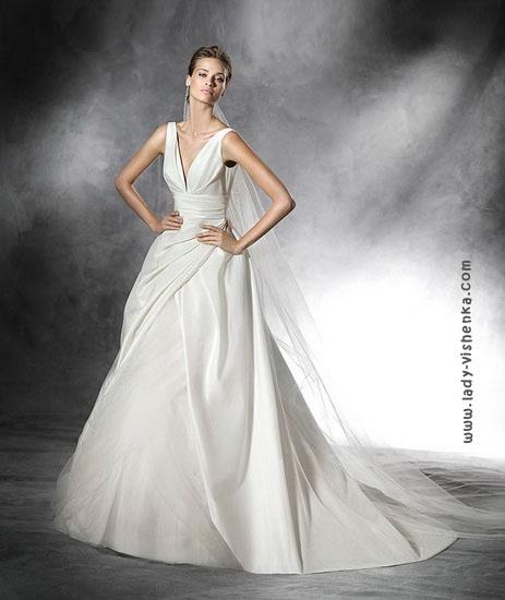 Незвичайне весільне плаття 2016 Pronovias
