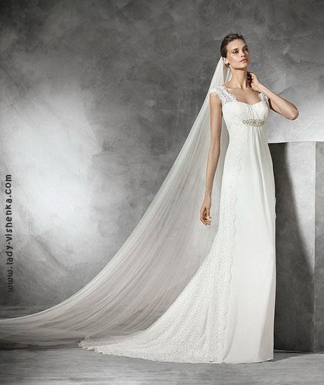 Весільна сукня А-силуету Pronovias