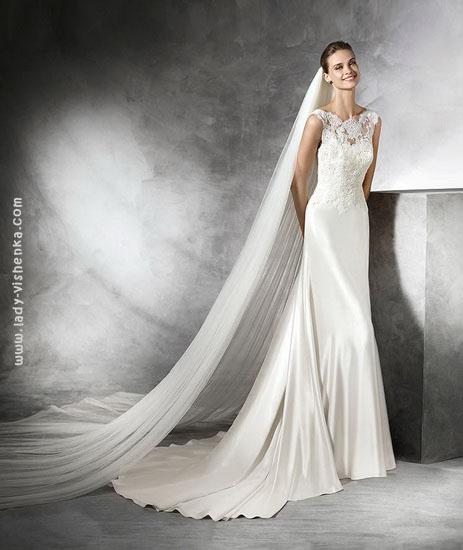 Атласну сукню русалонька Pronovias