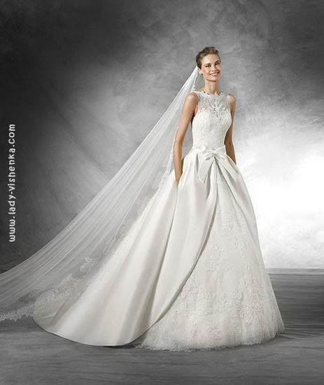 Весільні сукні фото Pronovias