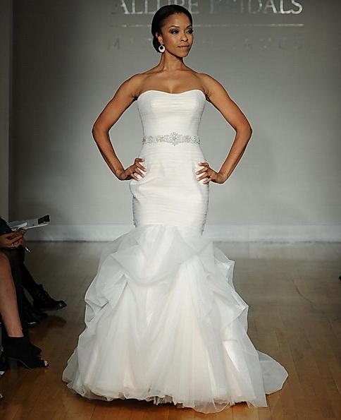Атласна весільна сукня - риб'ячий хвіст - Allure