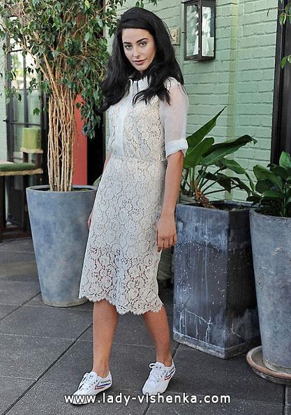 Мереживна коротке весільне плаття з рукавами 2016 - Sarah Seven