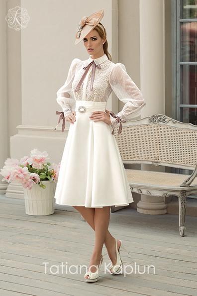 Короткі весільні сукні з довгим рукавом - Tatiana Kaplun