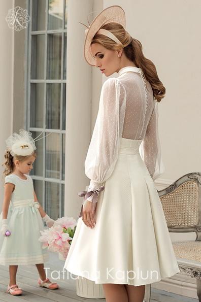 Коротке весільне плаття з довгими прозорими рукавами - Tatiana Kaplun