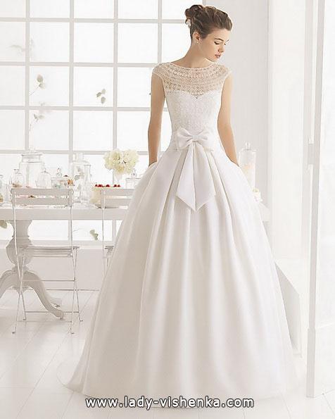Просте весільна сукня з бантом - Aire Barcelona