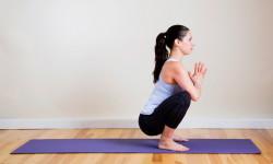Пози йоги - поза Жаби