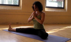 Пози йоги для початківців (фото)