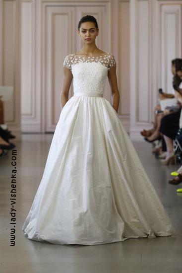 Весільну сукню принцеси Oscar De La Renta