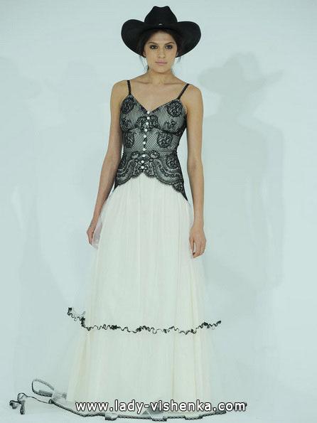 Чорно-біле весільне плаття фото - Claire Pettibone