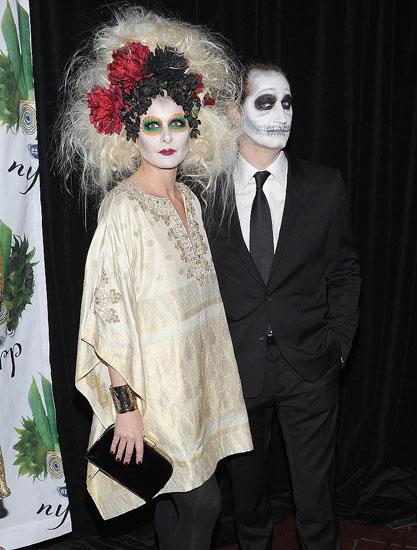 Знаменитості у костюми на Хеллоуїн - Мертва наречена
