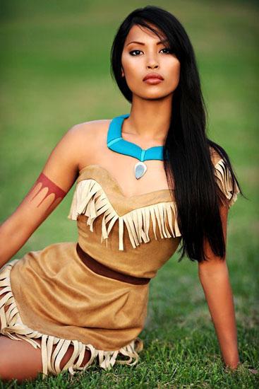 Гарне плаття Покахонтас на Хеллоуїн