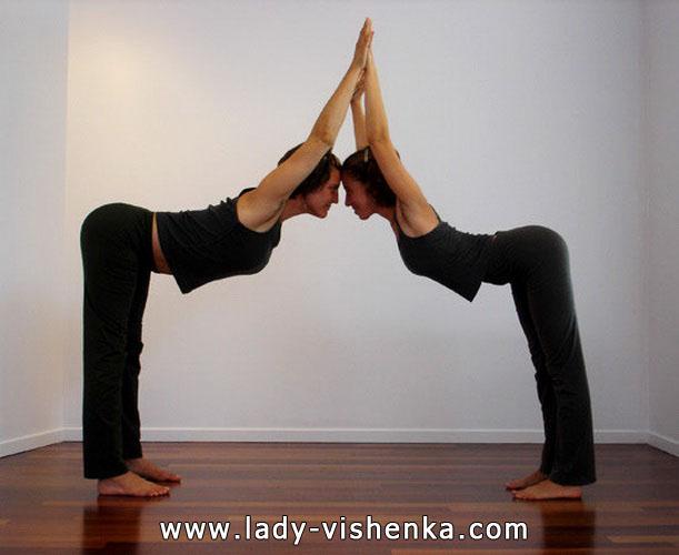 Йога для двох - Потрійний пагорб