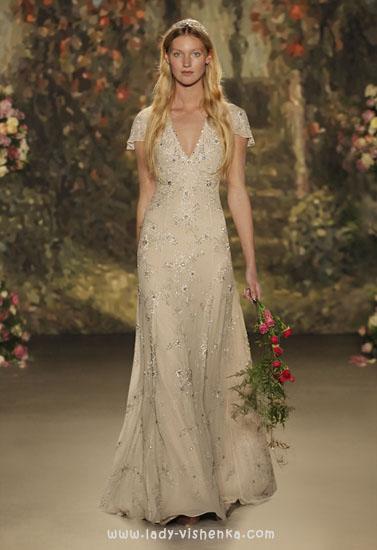 Бежеві весільні сукні