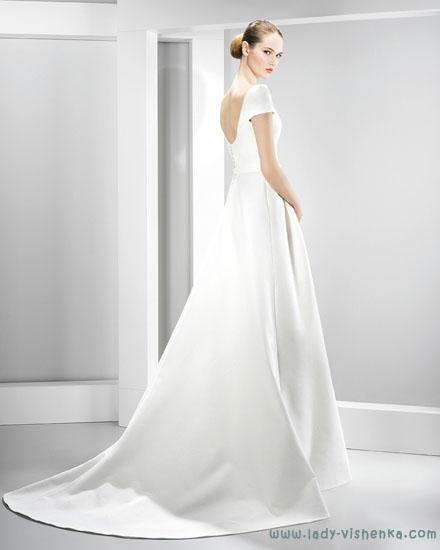 Довгі весільні сукні фото Jesus Peiro