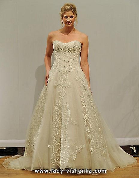 Довга мереживна весільна сукня 2016 - Paloma Blanca