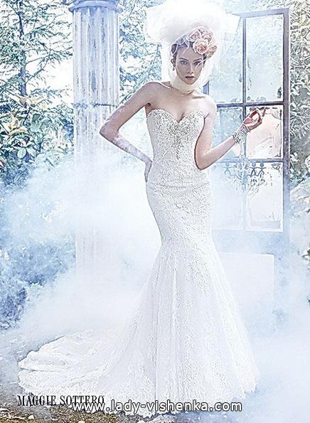 Мереживне весільне плаття рибка з шлейфом - Maggie Sottero
