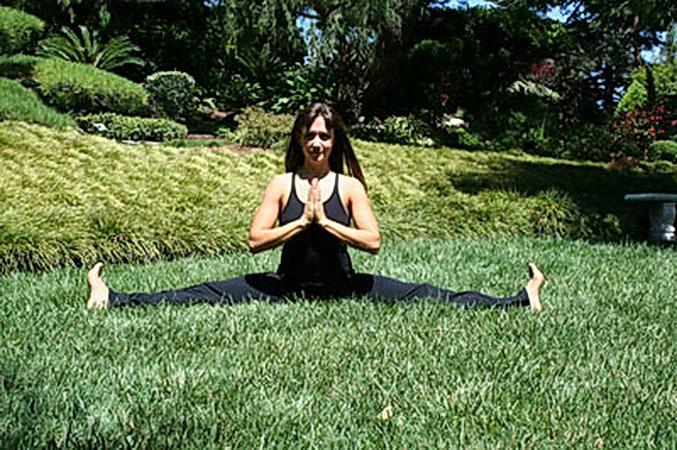 Сидяча поза йоги