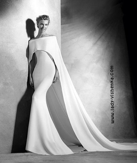 Оригінальна весільна сукня Pronovias