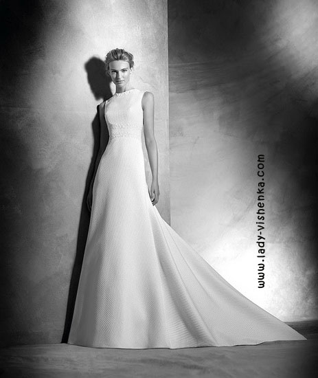 Просте весільну сукню Pronovias