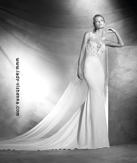 Весільні сукні з мереживним верхом Pronovias