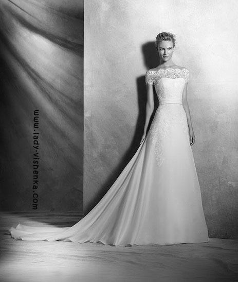 Весільні сукні зі шлейфом Pronovias